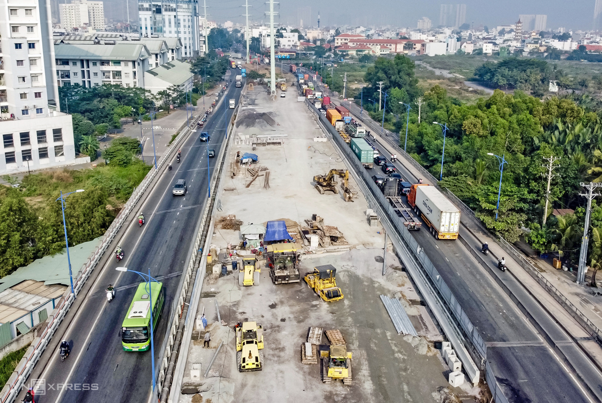 Aerial view of a construction area for the My Thuy 3 Bridge in HCMC, December 29, 2020. Photo by VnExpress/Gia Minh.