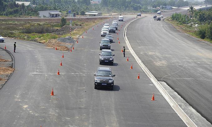 Expressway lengthened to shorten HCMC - Mekong Delta travel time