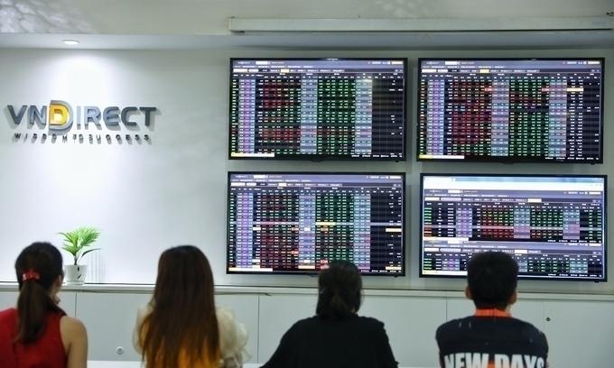 Liquidity soars as stock market continues ascent