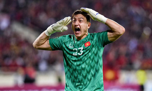 Vietnam national goalkeeper joins Japanese club