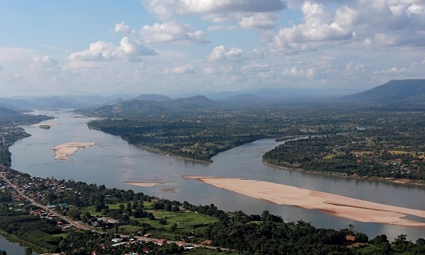 Mekong level to drop as China begins power grid maintenance
