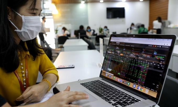 VN-Index poised to breach historical peak
