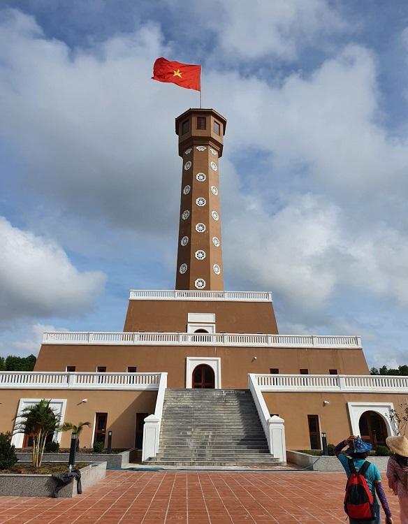 Hanoi Flagpole in Ca Mau.