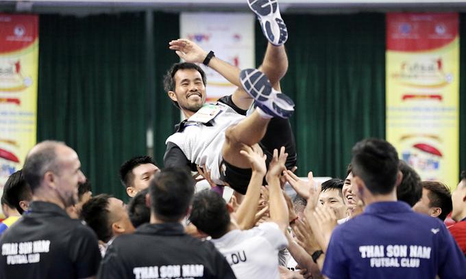 Vietnamese futsal club, coach named among world best