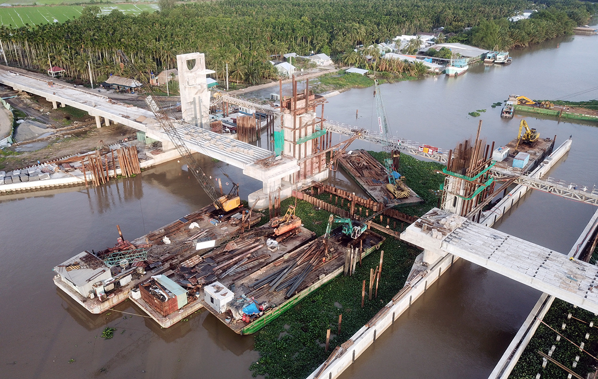 The project on the Cai Be River. Photo by VnExpress/Linh Hoang