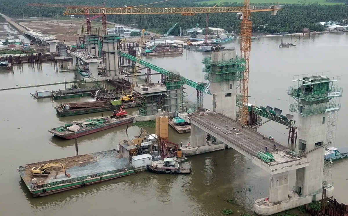 Part of the project on the Cai Lon River. Photo by VnExpress/Linh Hoang