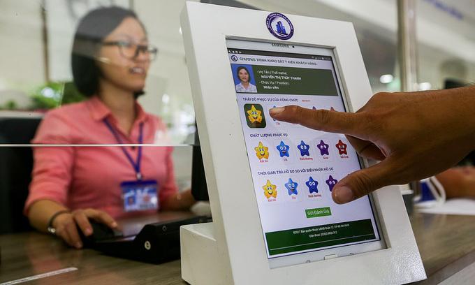 HCMC seeks to add 3,600 civil servants to 2021 payroll