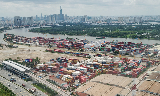 Allow use of abandoned containers, shipping companies urge