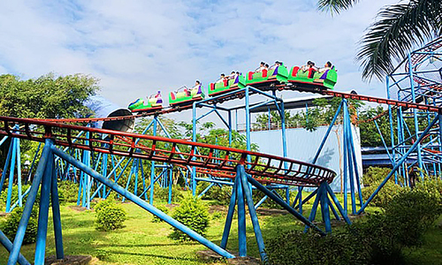 Student dies after rollercoaster falls off at amusement park