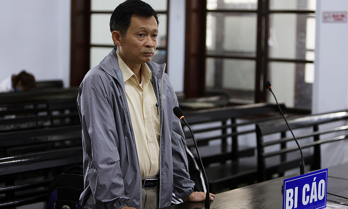 Former foreign affairs official jailed for forging papers to get US visa