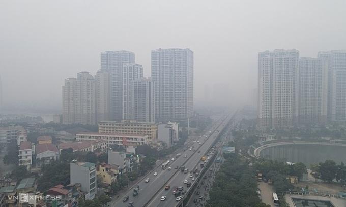 Hanoians shrug off smog as new normal