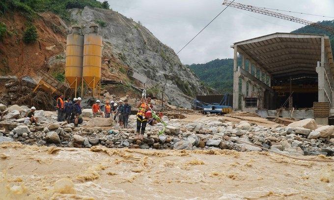Central Vietnam province weighs dam damage against gains