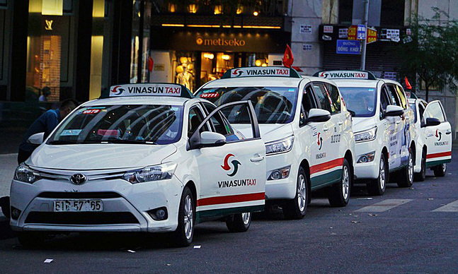 Leading taxi firm posts first ever annual loss