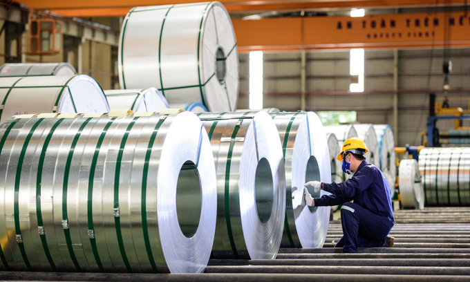 Steel giant targets 30 pct growth in profits