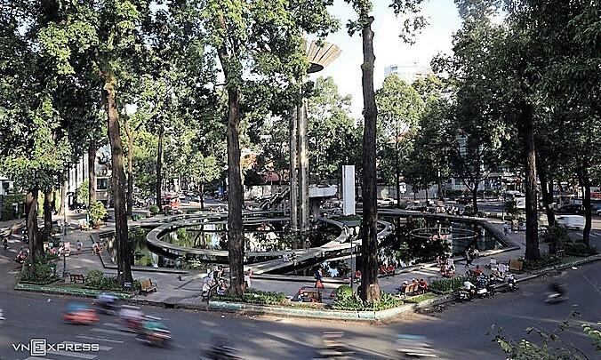 HCMC seeks to open Tet walking street around Turtle Lake
