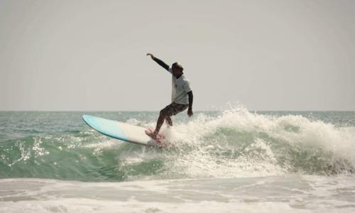 Carve the waves off Nha Trang