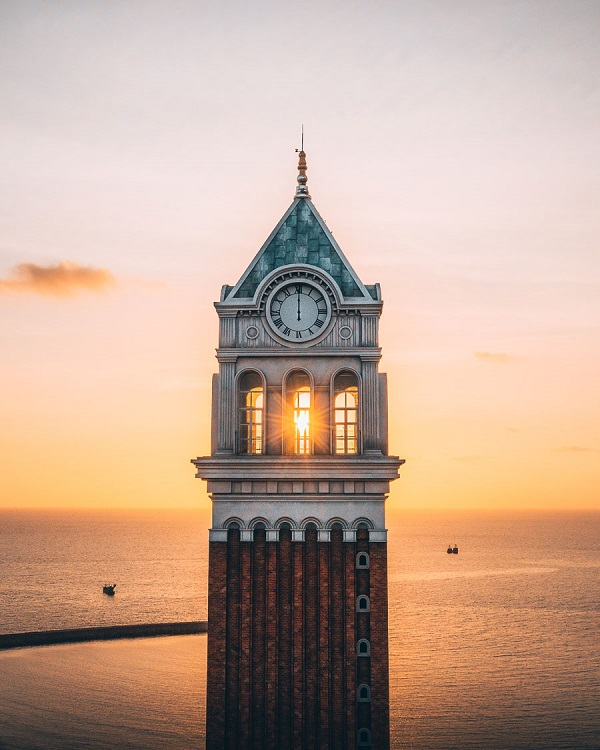 A clock tower in Phu Quoc.The Frenchman said he used to think taking photos was time consuming. However, three years ago, he took up the point and shoot approach thanks to a new phone given to him by his wife.He then spent hours watching tutorials on YouTube to improve his photography skills and invested in a camera to become an amateur photographer.