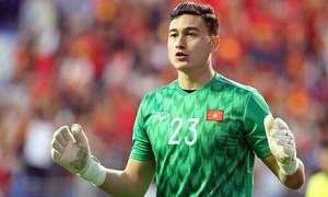FIFA allows Vietnamese goalkeeper to leave Thai club