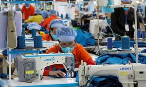 Vietnam beat China to become Asia's top-performing economy
