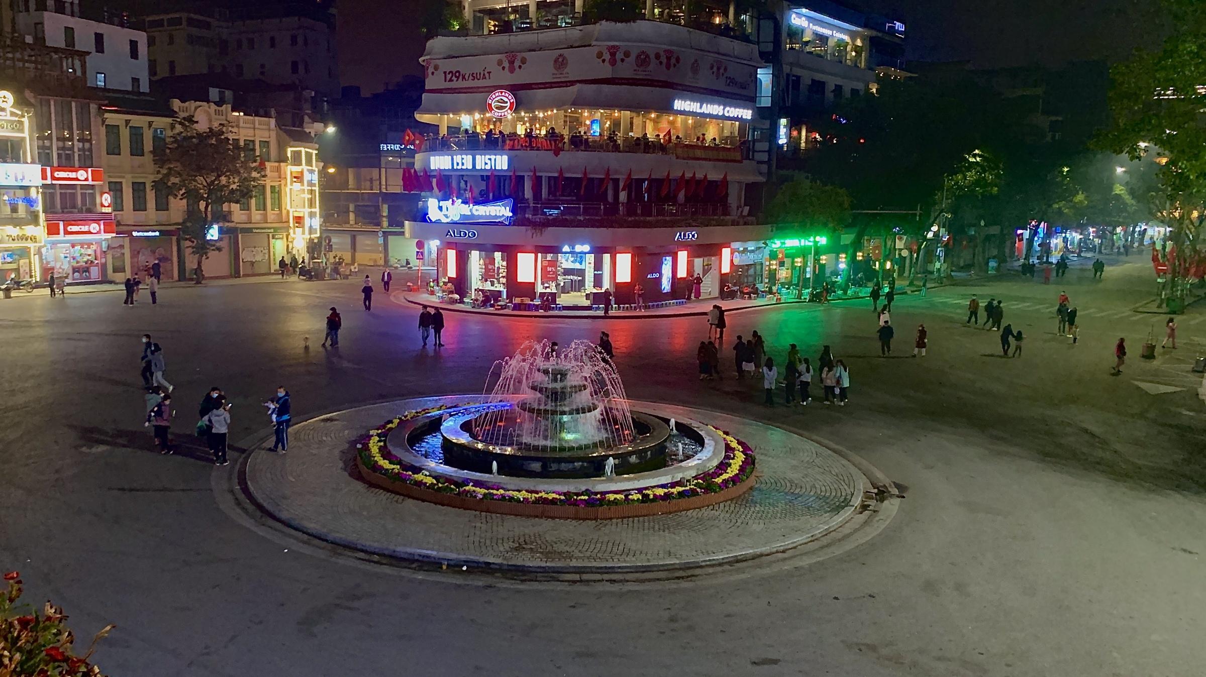 Hanoi pedestrian zone deserted as residents vote with their feet