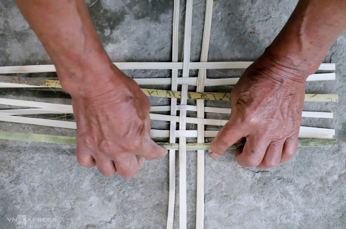 The strips are knit together to make mats, each taking about three hours. The mats are later folded to make baskets.
