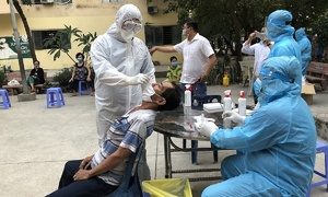 HCMC tests thousands in Covid-19 precautionary measure