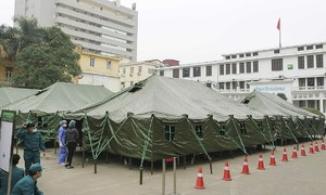 Covid-19 field hospital erected in just hours in Hanoi