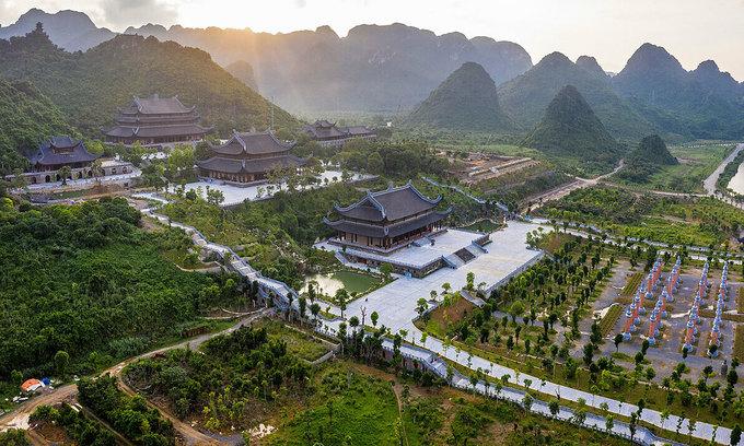 Vietnam suspends major spring festivals as coronavirus stalks Lunar New Year