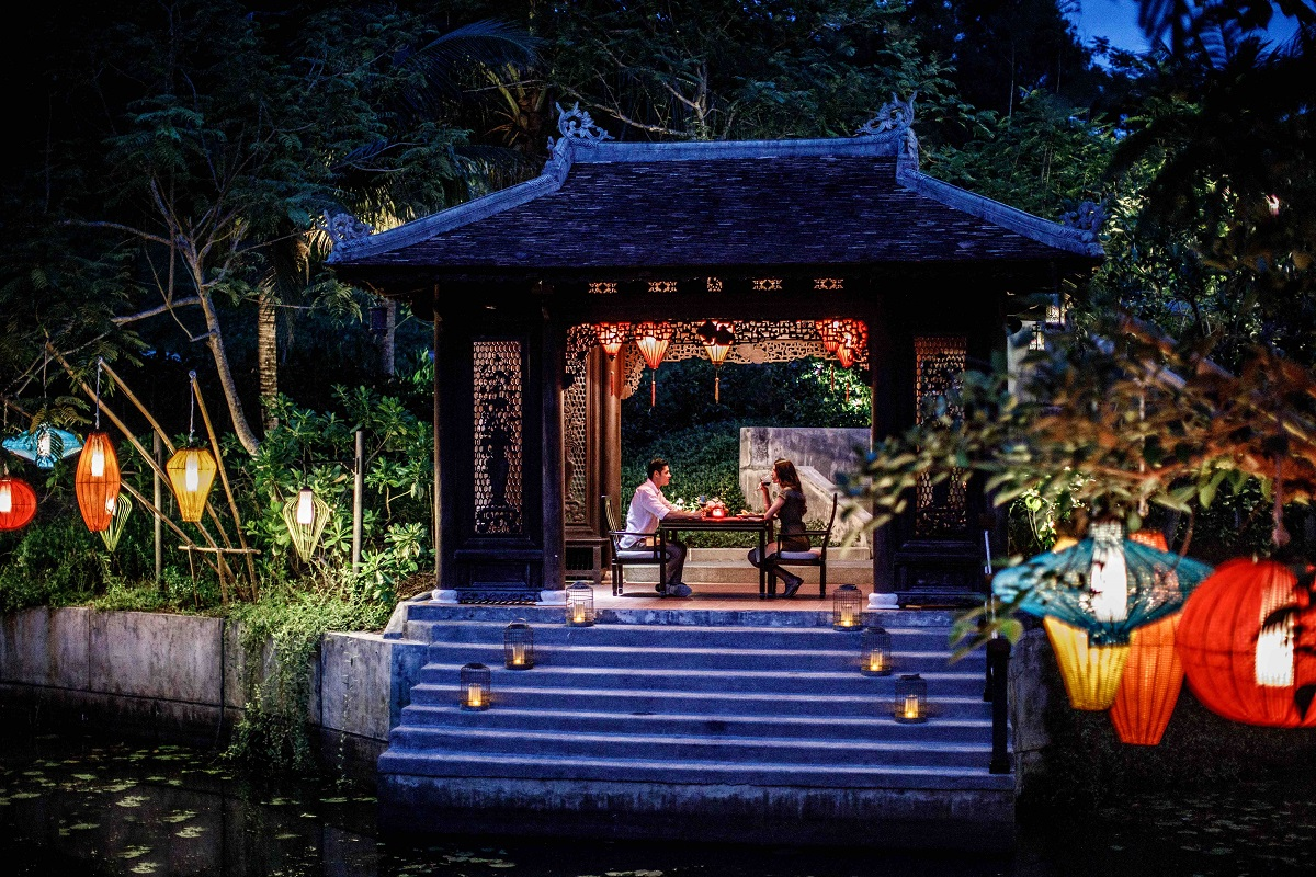 Tet gets romantic at the Banyan Tree Lang Co in Hue.