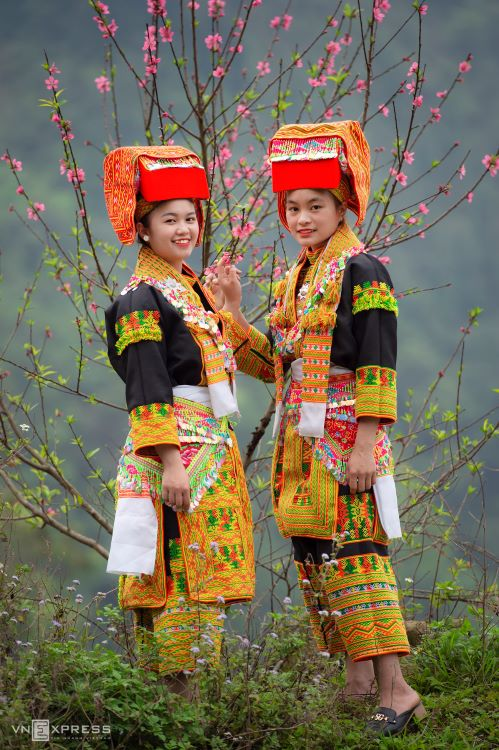 Traditional costumes reveal diversity among Dao ethnic groups - 2