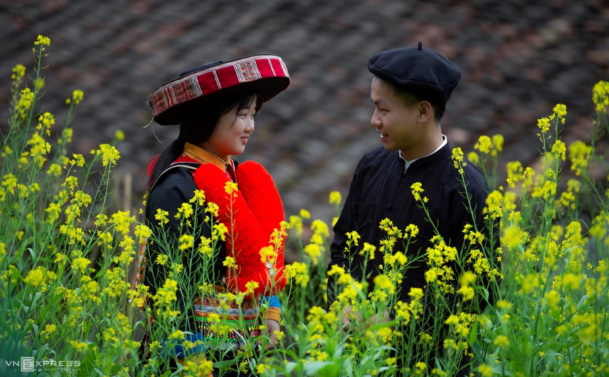 Traditional costumes reveal diversity among Dao ethnic groups - 4
