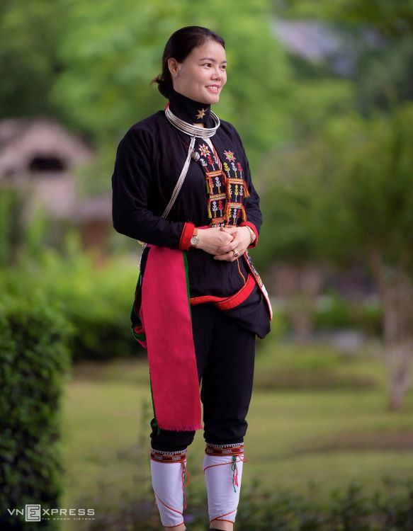 Traditional costumes reveal diversity among Dao ethnic groups - 8