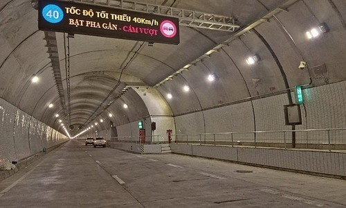 Central Vietnam tunnel remains open to traffic despite financial woes