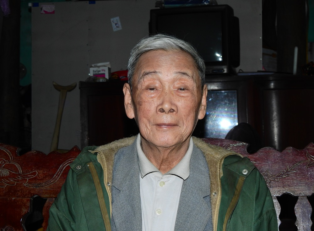 Trieu Tai Cao at his home in Ha Long Town of Quang Ninh Province, February 2021. Photo by VnExpress/Minh Cuong