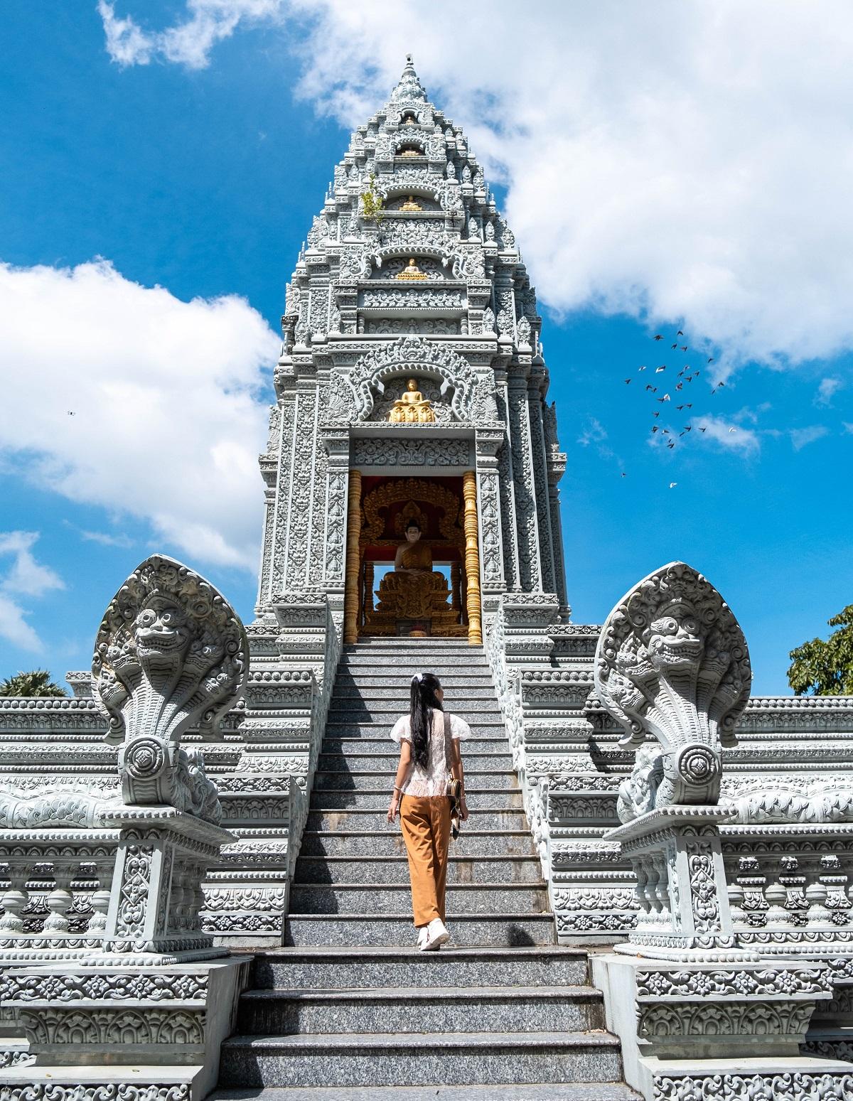 Four serene Khmer pagodas to explore in Soc Trang - 12