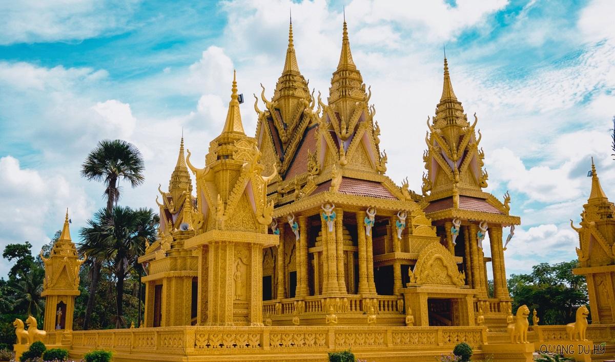 Four serene Khmer pagodas to explore in Soc Trang - 14