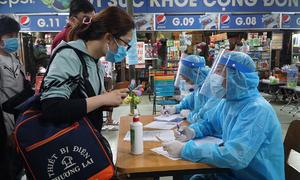 Saigon medics break their back to track Covid-19