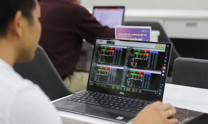 Hanoi Stock Exchange to take over some stocks to ease burden on main bourse