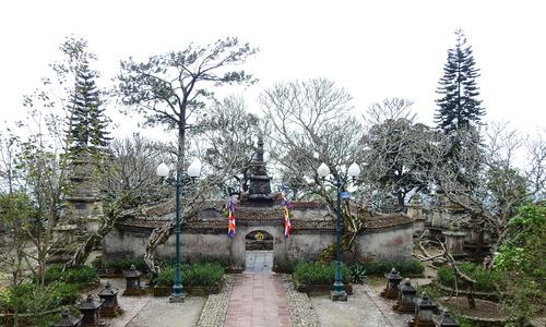Yen Tu pagoda complex silenced by Covid-19