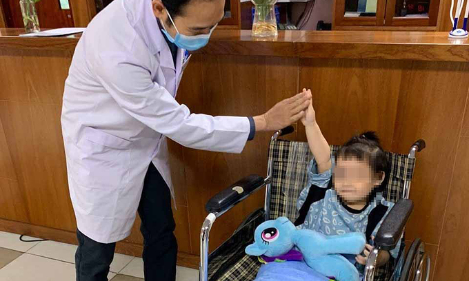 Child who fell off 12th floor balcony in Hanoi discharged ...