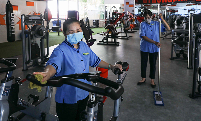HCMC gyms, pubs, beer clubs reopen, bars remain closed