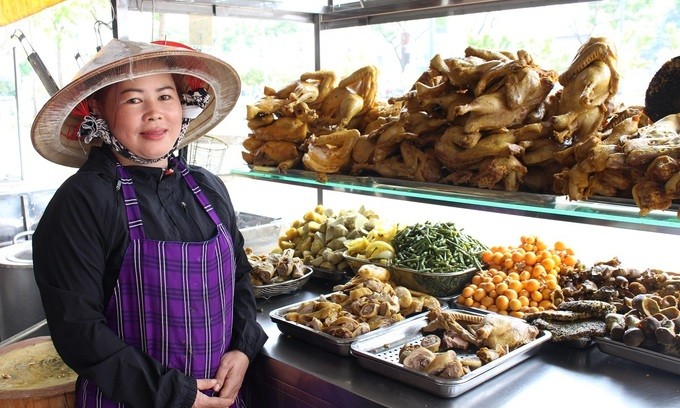 Mekong Delta-style curry stall tickles Saigon taste buds
