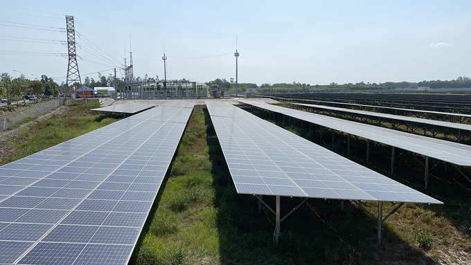 First solar plant in Hau Giang begins operations