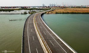 Transport infrastructure improvement to unclog access to key port
