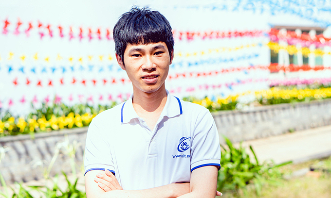 HCMC student becomes 1st Vietnamese to win electronic engineering Olympiad medal