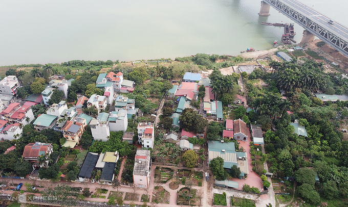 Hanoi plans low density constructions on Red River banks