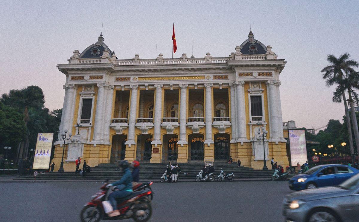 Eight landmark French-era buildings in downtown Hanoi - 12