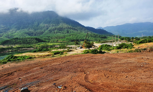 Quang Nam to convert forests into hydropower plant, urban area