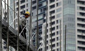 Japan honors four Vietnamese construction workers for excellence