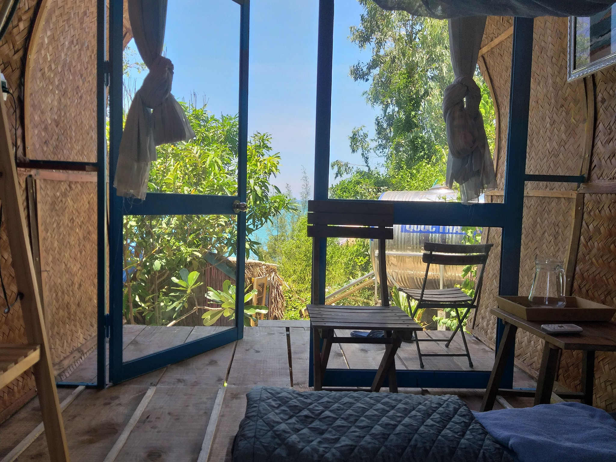 Bedroom with seaview at the homestay. Photo: Banana Sea Homestay.